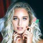 Monnstar Brosse à lèvres double face, gommage, nez et lèvres propres pour des lèvres lisses et pleines (2)