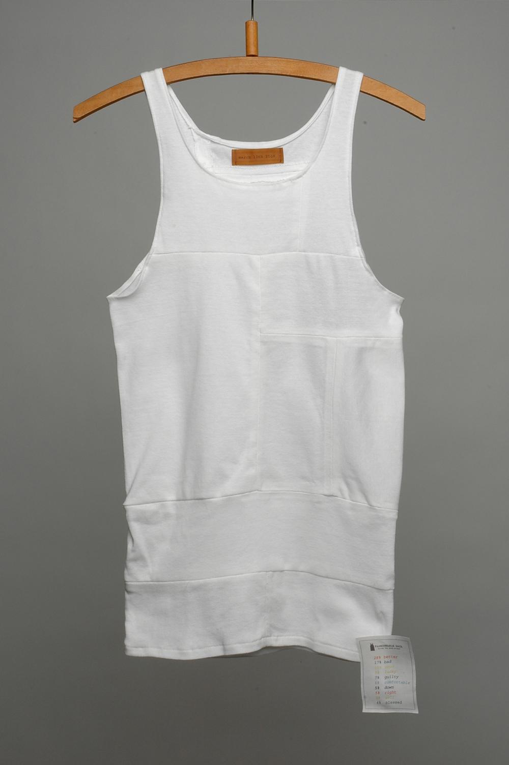 Officina-Corpuscoli-Fashionable Data- front vest