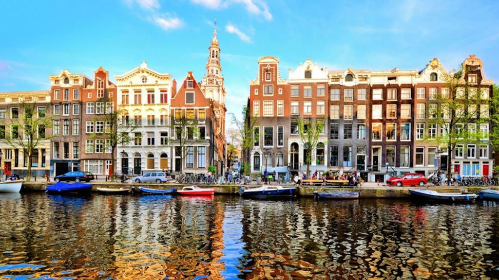 Amsterdam, città del divertimento