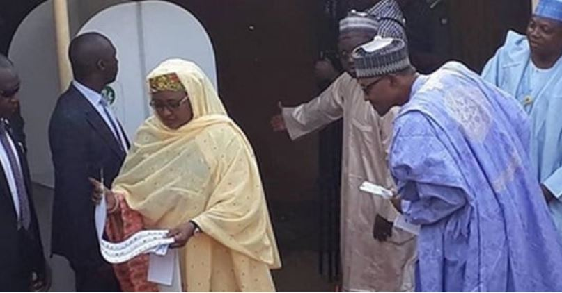 Buhari Doubts His Wife's Loyalty, Cross Checks To Be Sure She Voted For Him (Video)
