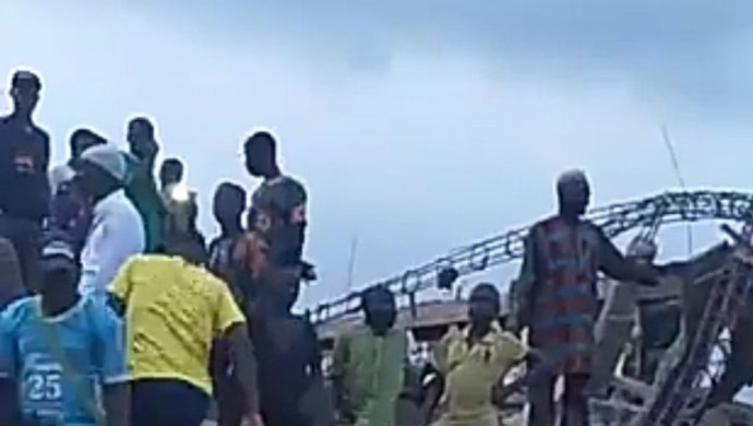 Many people trapped as two-storey building collapses in Ibadan (Video)