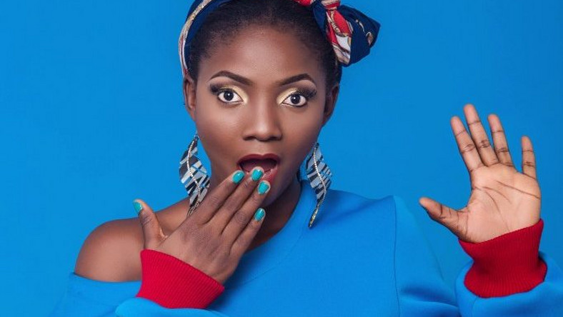 Nobody cares about your fake lives – Simi blasts Nigerian celebrities