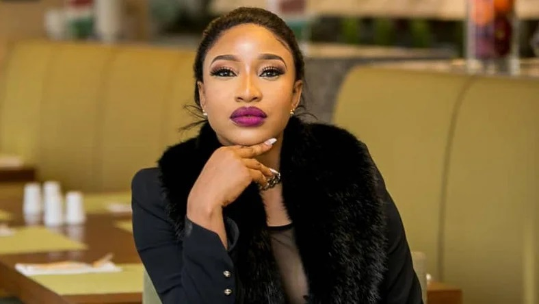 Nollywood star Tonto Dikeh reveals why being single MIGHT be good