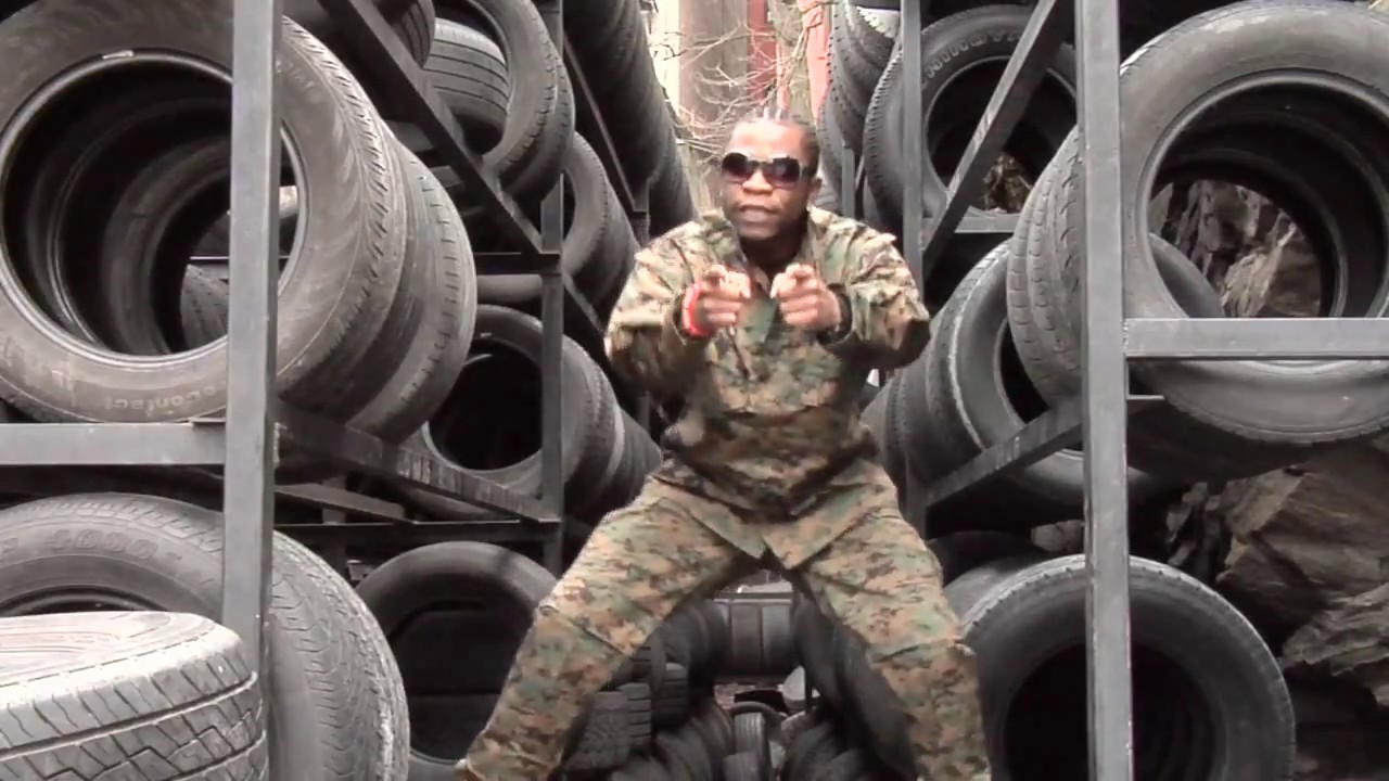 Speed Darlington reveals why he might beat up a Soldier while in Nigeria (SEE VIDEO)