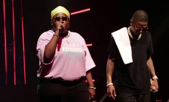 Wizkid calls Teni his baby as he praises her for a wonderful show