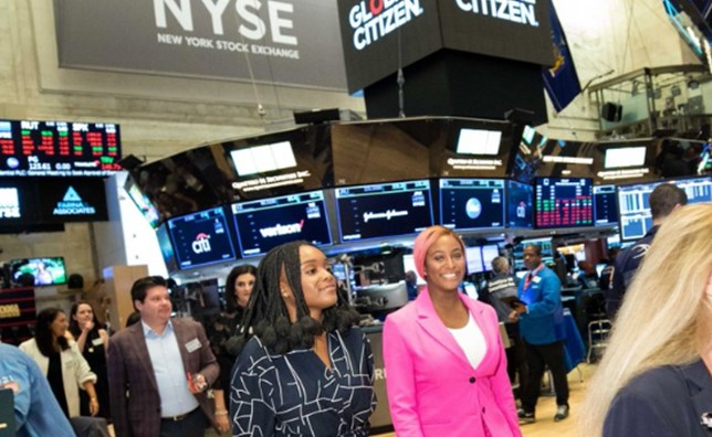 """""""My stock price just went UP"""" – Billionaire daughter, DJ Cuppy says as she takes a VIP tour of the New York Stock Exchange (Photo)"""
