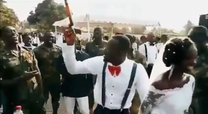 Video: Nigerian soldiers gas up their colleague with battle chants as he marries his heartthrob
