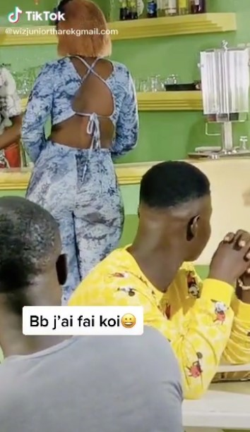 Man receives brain formatting slap from girlfriend for looking at another lady's 'vibrating' backside (Video)