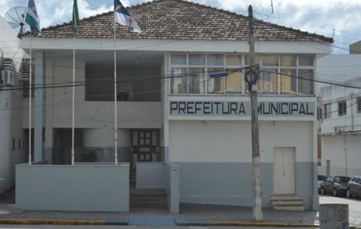 Prefeitura de Surubim funcionará em horários diferenciados nos dias de jogos do Brasil na Copa