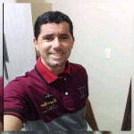 Comerciante que morreu após cair com carro em rio é sepultado em Bom Jardim