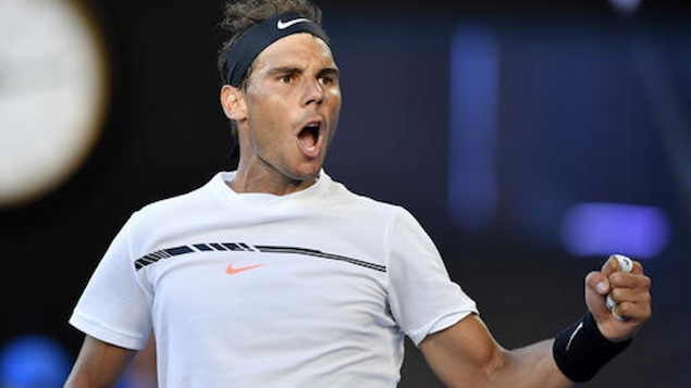Nadal segue adiante em Mônaco enquanto Djokovic é eliminado