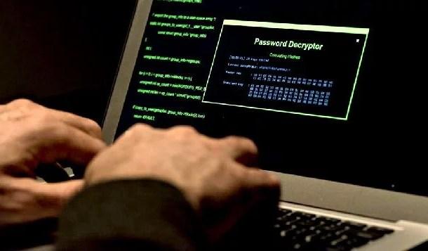 Hacker russo é condenado a 27 anos de prisão por furtar dados nos EUA