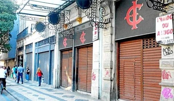 Gestão econômica de Temer fecha mais de 4 mil lojas no Rio de Janeiro