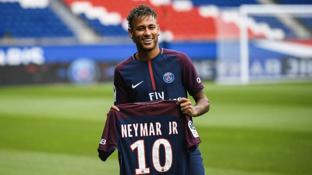 Técnico do PSG comemora chance de escalar Neymar no domingo: