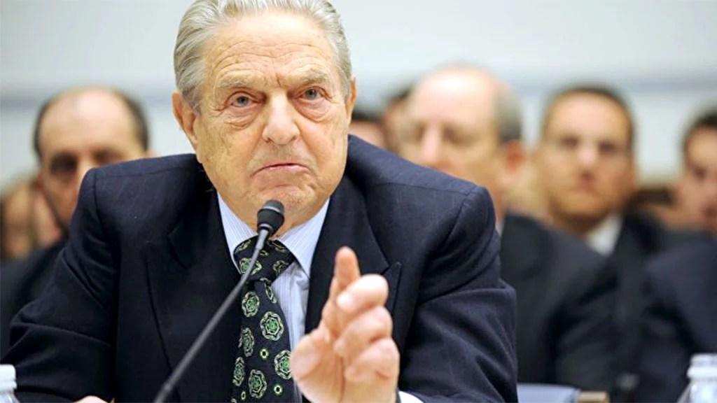 """O bilionário George Soros seria """"dono"""" de um terço do Parlamento Europeu"""