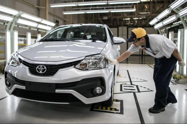 Toyota_etios_sorocaba