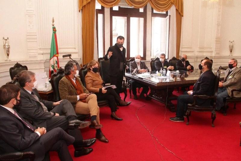 Reunião no Palácio Piratini discutiu e deu encaminhamento ao tema