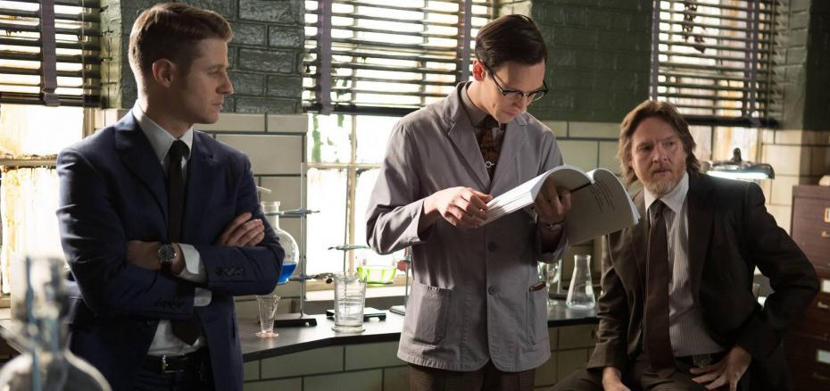 """Review: Gotham Season 1 – Episode 15 """"The Scarecrow"""""""