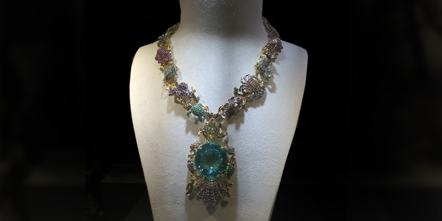 Astro Gallery and Art Bodega Magazine unveil the world's largest cut Paraiba Tourmaline housed in a spectacular necklace by Kaufmann de Suisse
