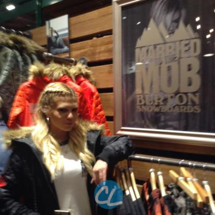 burton-x-married-to-the-mob-launch-party_00007