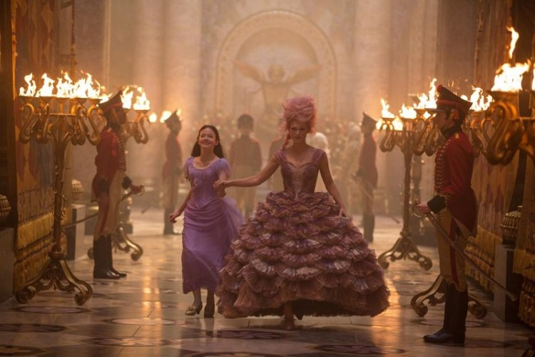 Disney's THE NUTCRACKER AND THE FOUR REALMS | On Set with Misty Copeland – Featurette