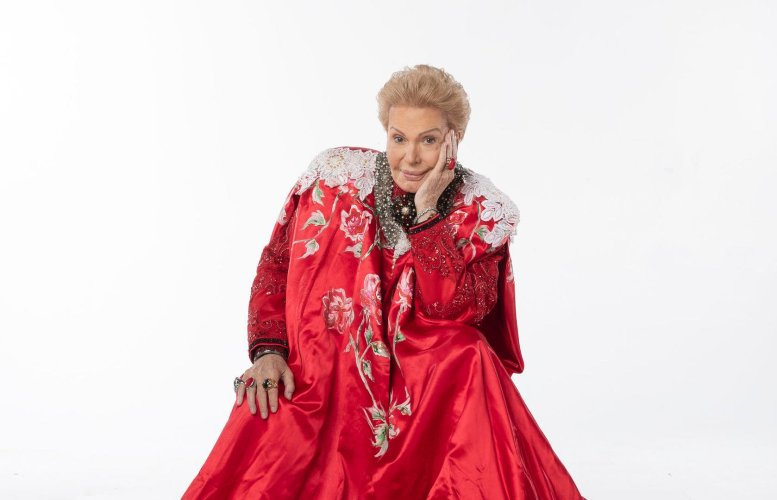 Walter Mercado Documentary Coming to Netflix