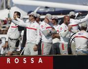 L'equipaggio di Ita94 al rientro alla base (Reuters)