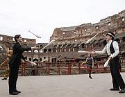 L'esibizione del Circus Bosh al Colosseo per il lancio della campagna Lav (Ap)