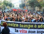 La manifestazione dei precari a Napoli (Gennaro)