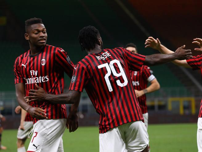 Milan-Juventus 4-2: due schiaffi, poi Ibra, Kessie, Leao e Rebic la  ribaltano Il Diavolo tiene vivi i giochi scudetto - Corriere.it
