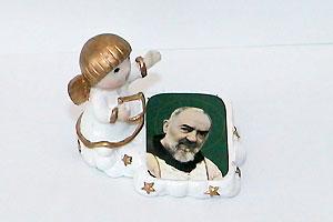 Statua proteggi bimbi di Padre Pio