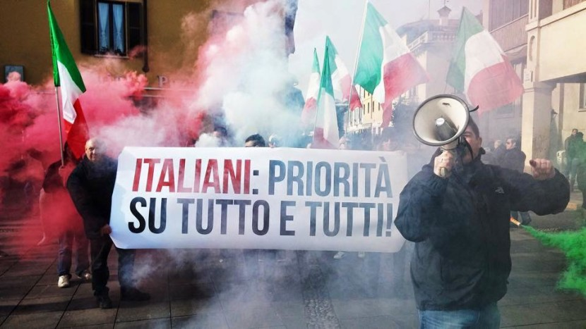 """Magenta, New Force this morning was to support the national """"Revival Committee Magentina"""" - March for Italians"""