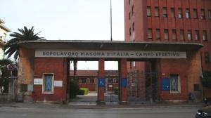 l'ingresso dello stadio Magona