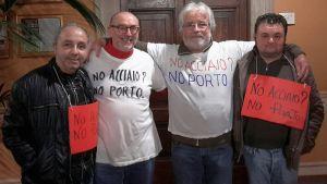 alcuni dei partecipanti all'iniziativa in consiglio comunale