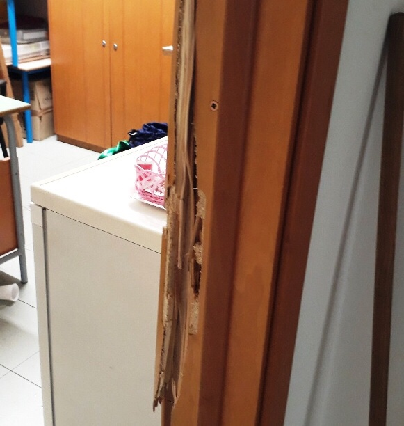 """Ancora ladri nelle scuole di Paterno . Dentro la scuola materna """"San Francesco"""""""