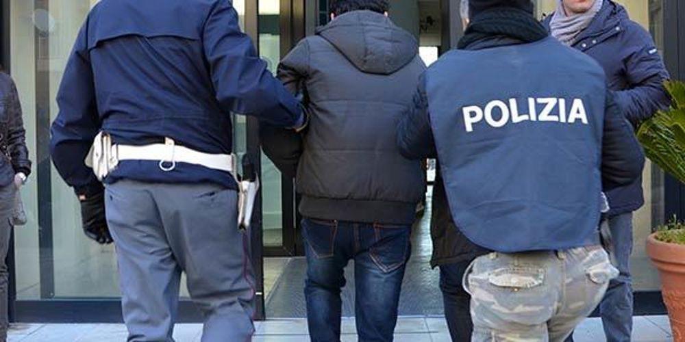 Mafia, 14 misure cautelari per 'gruppo San Cocimo' di Catania: clan imponeva security in discoteche (VIDEO)