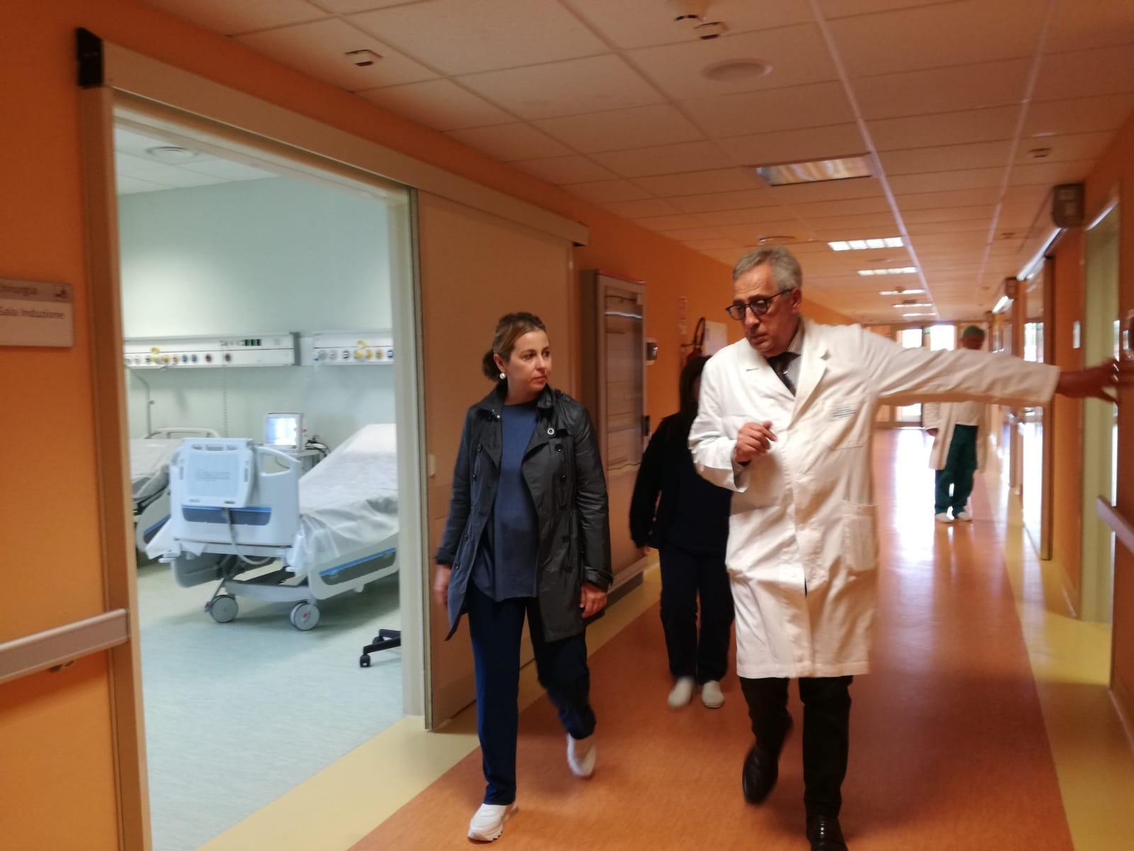 Biancavilla, buone notizie dopo la visita del ministro Grillo: tra pochi mesi apre la Rianimazione