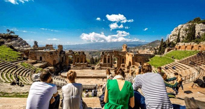 Patrimoni culturali, infrastrutturare il sistema turistico per progettare il futuro