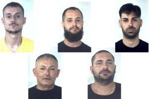 Palagonia, scoperto traffico di auto rubate: 5 persone arrestate