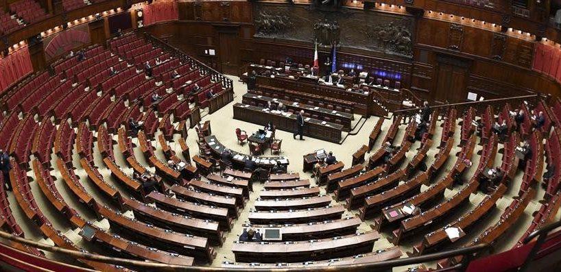 I 'furbetti del bonus', la Lega sospende due deputati: domani Tridico (Inps) farà i nomi dei 'miserabili cinque'