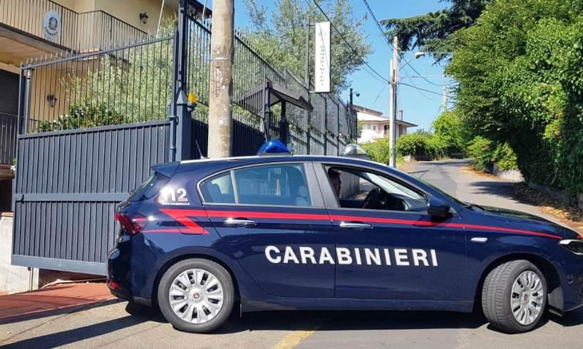 """Trecastagni, drogato consegna ai Carabinieri l'auto rubata: """"Voglio disintossicarmi"""""""
