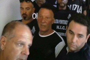 Riacciuffato dalla Polizia 'Johnny lo zingaro': si nascondeva in casa rurale a Sassari