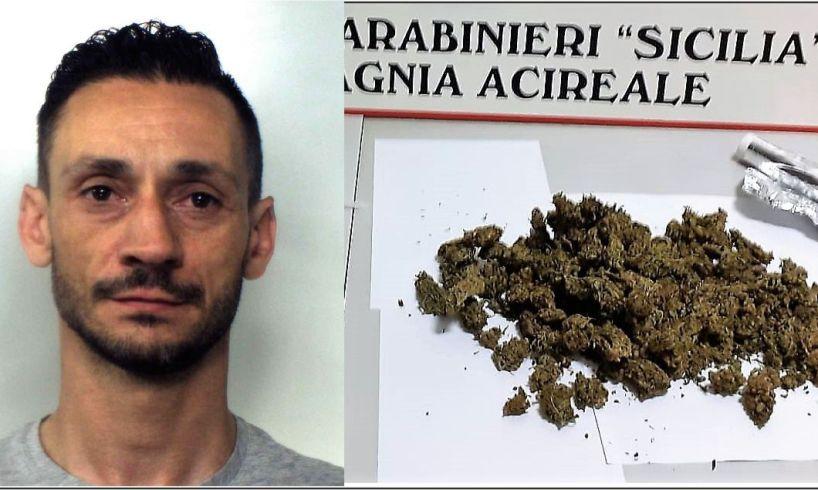 Aci Catena, pusher con consegna a domicilio e linea telefonica dedicata: 42enne arrestato in flagranza