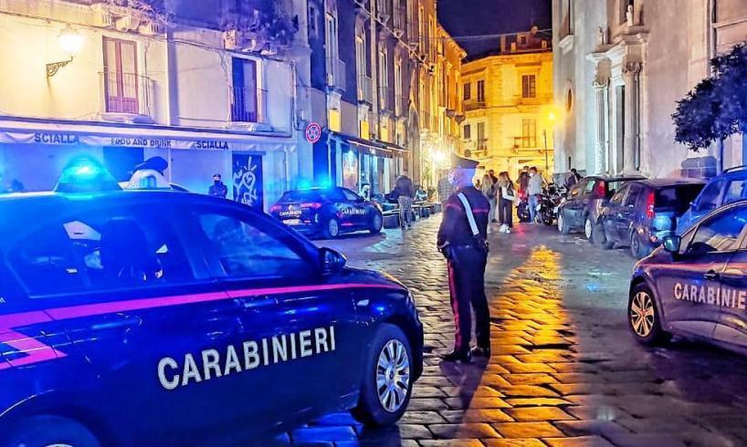 Catania, le vie della movida al setaccio dei controllori anti-Covid: sanzioni e sequestri (VIDEO)