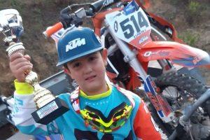 Adrano, a 6 anni Vincenzo è baby campione di motocross: ieri primo alla prova regionale