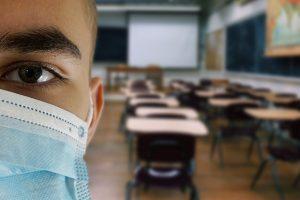 Biancavilla, scuole chiuse dal 10 al 20 per sanificazione: ordinanza del sindaco