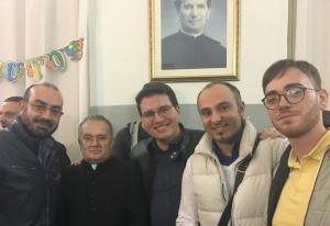 Biancavilla: ricordo di Padre Nino Tomasello, il 'prete fanciullo' che pregava di nascosto