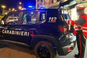 Scordia, dal calesse 'scortato' inveisce contro i militari: 25enne denunciato