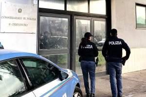 Catania, rubavano acqua e luce nello stabile del Commissariato di Polizia: denunciate 7 persone