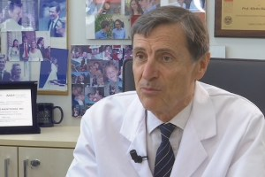"""Covid, Mantovani: """"Italia torni a produrre vaccini, dovremo fare richiami per anni"""""""